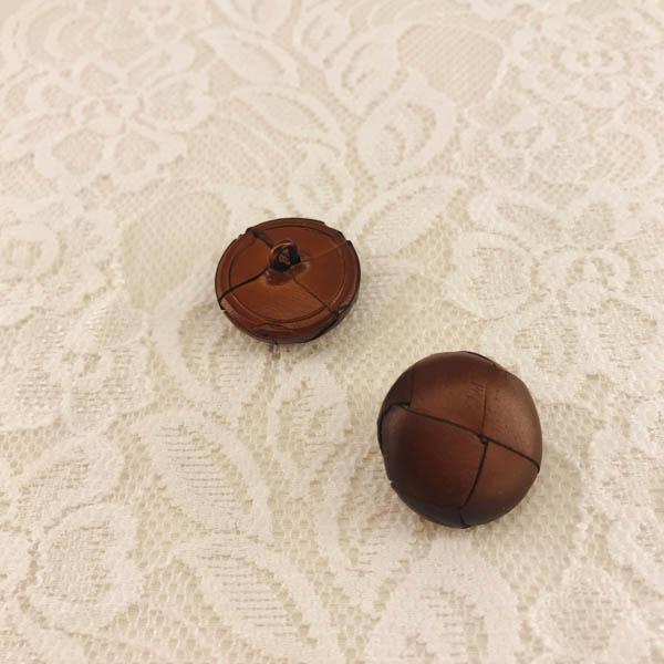 Knapp plast ´läder´ brun 20mm