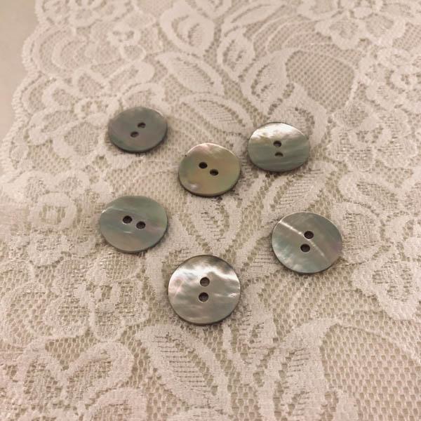 Knapp pärlemor 18mm