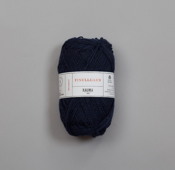 Rauma Finullgarn 0449 mörk marinblå