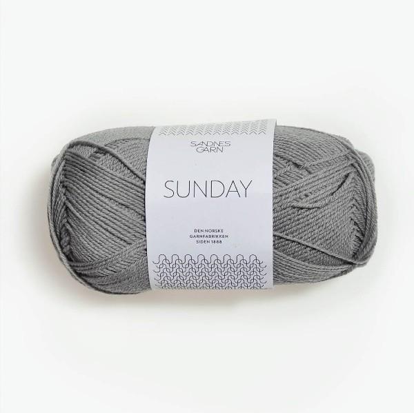 Sunday 1045 ljusgrå