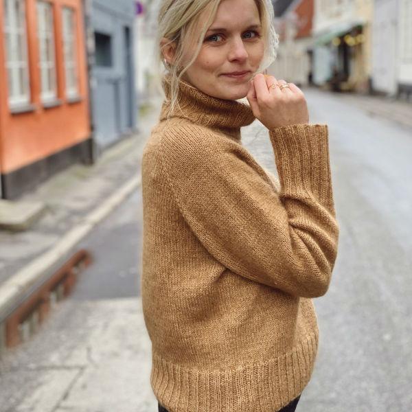 PetiteKnit Mönster Caramel Sweater