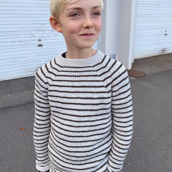 PetiteKnit Mönster Friday Sweater Junior