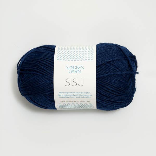 Sisu 5575 marinblå