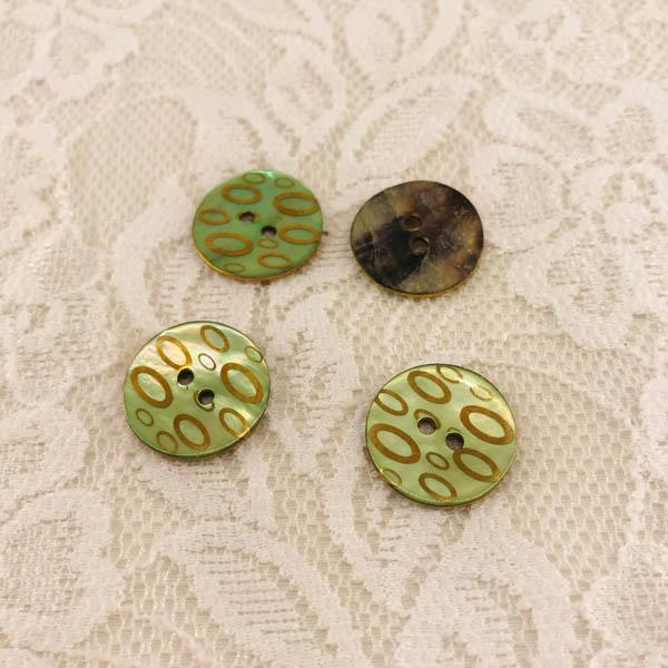 Knapp pärlemor mönster oval i guld grön
