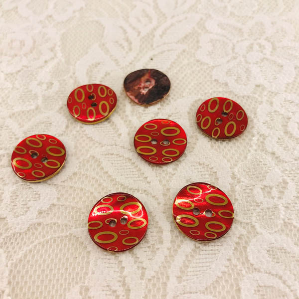 Knapp pärlemor mönster oval i guld röd